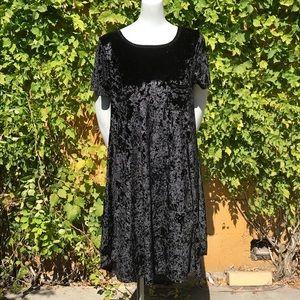 Lularoe solid black velvet Carly elegant